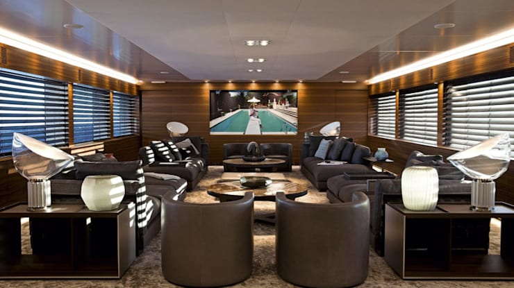 Private  Jet—Yacht—House:  Living room by Hector Landgrave, Modern