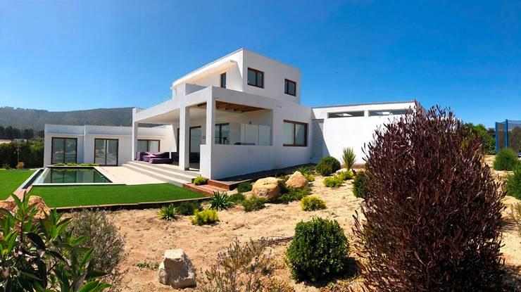 Casa P-99 _ Marbella.: Casas de estilo  por Camps Arquitectura