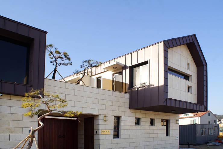 다옴재 project: 성종합건축사사무소의  전원 주택,