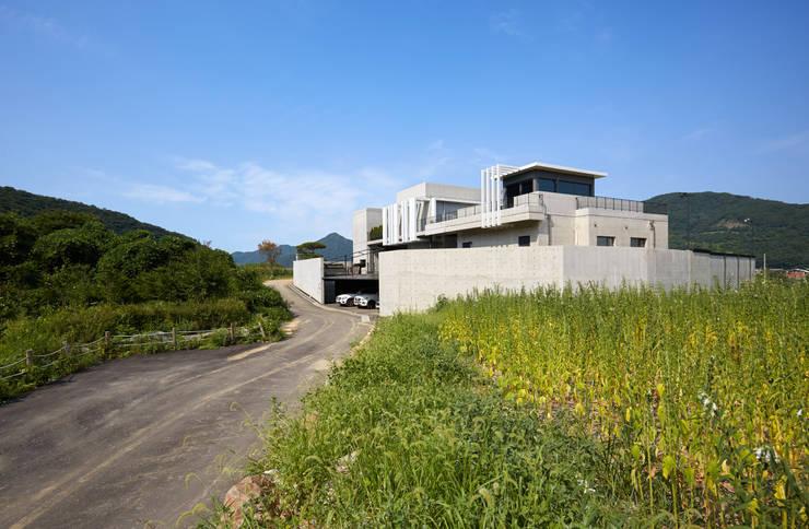 양평 단독주택: 건축사사무소 시월의  주택,