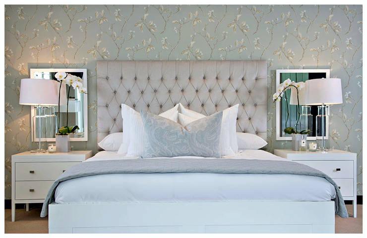Luxury blue bedroom :  Bedroom by Joseph Avnon Interiors, Classic