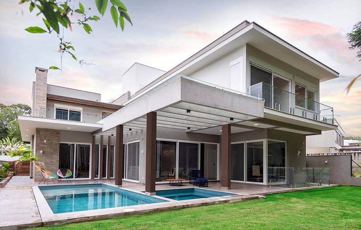 Houses by Espaço do Traço arquitetura