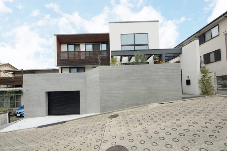 Projekty,  Dom z drewna zaprojektowane przez TERAJIMA ARCHITECTS,