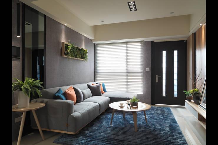 ห้องนั่งเล่น โดย 珍品空間設計 | JP SPACE  DESIGN STUDIO,