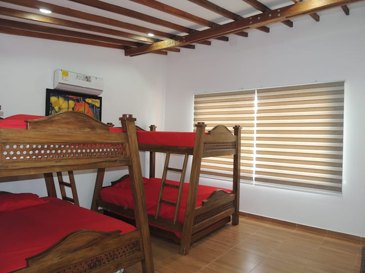 CASA PARA VENTA, SECTOR CERRITOS PEREIRA: Habitaciones de estilo  por CIENTO ONCE INMOBILIARIA, Moderno