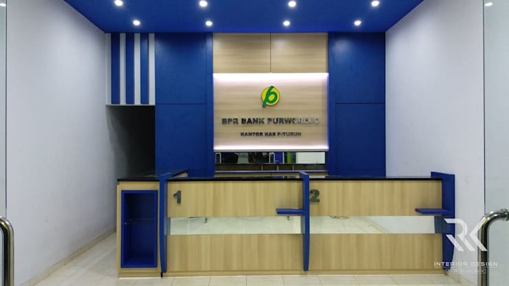 Real pict project:  Office spaces & stores  by RK Interior Design