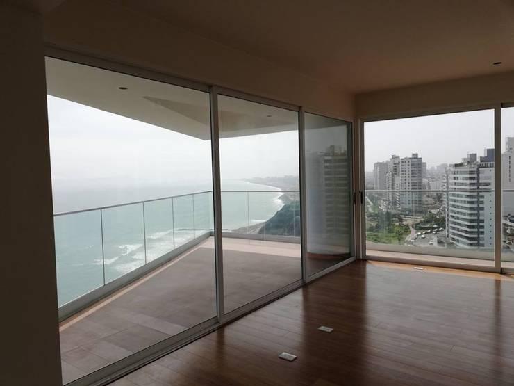 Sala Antes:  de estilo  por Alicia Ibáñez Interior Design
