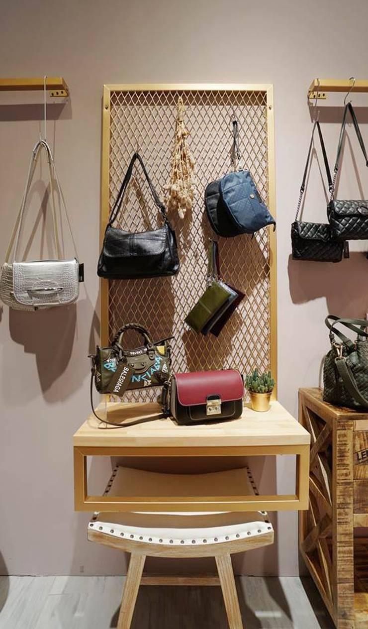 三重 Louis's Bag:  辦公室&店面 by NO5WorkRoom