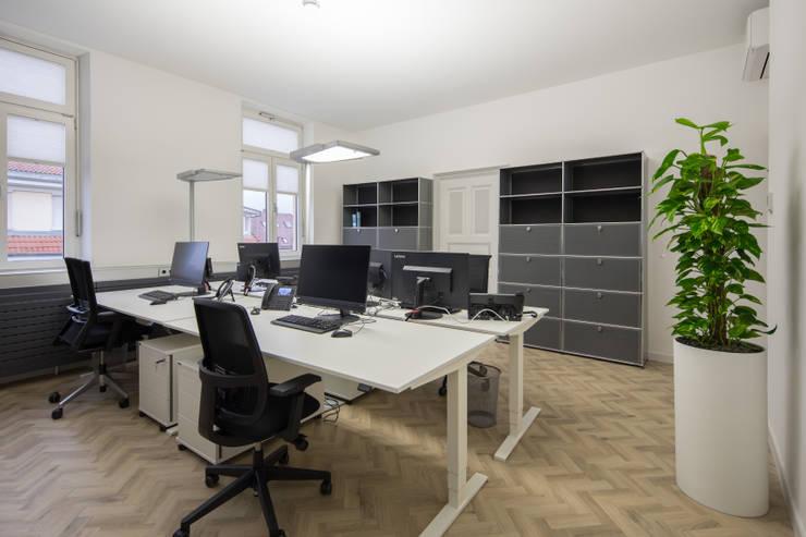 Arbeitsplätze:   von Kaldma Interiors - Interior Design aus Karlsruhe,