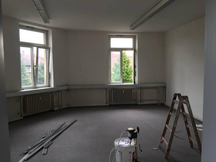 Besprechungszimmer Vorher:   von Kaldma Interiors - Interior Design aus Karlsruhe,