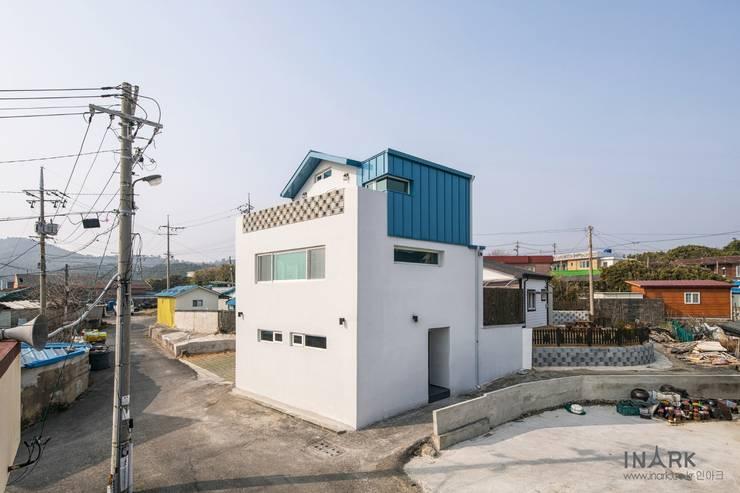 Маленькие дома в . Автор – inark [인아크 건축 설계 디자인], Минимализм