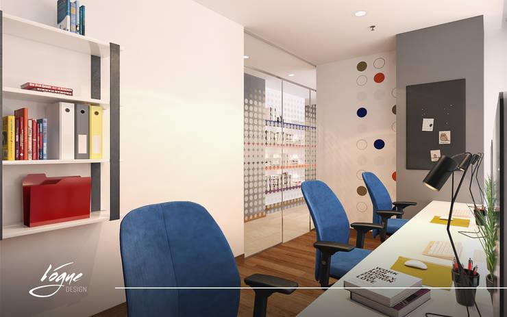 مكاتب:  Office spaces & stores  تنفيذ Vogue Design