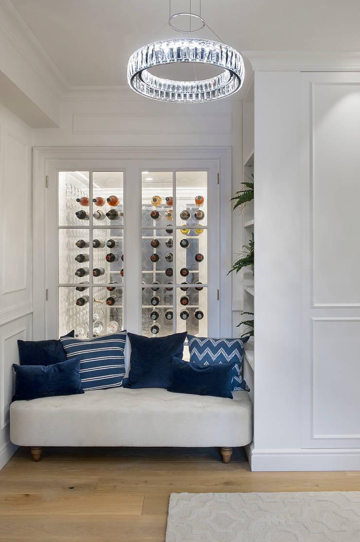Ático Principal: Pasillos y vestíbulos de estilo  de Egue y Seta, Clásico
