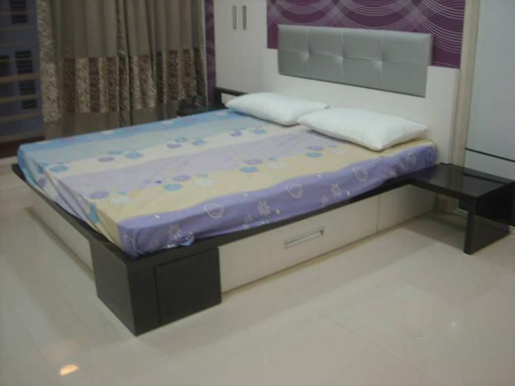 Dormitorios de estilo  de Mi-Decor