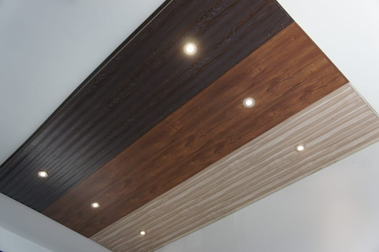 Cielorraso de PVC Modernia para exhibición: Oficinas y locales comerciales de estilo  por Modernia PVC,