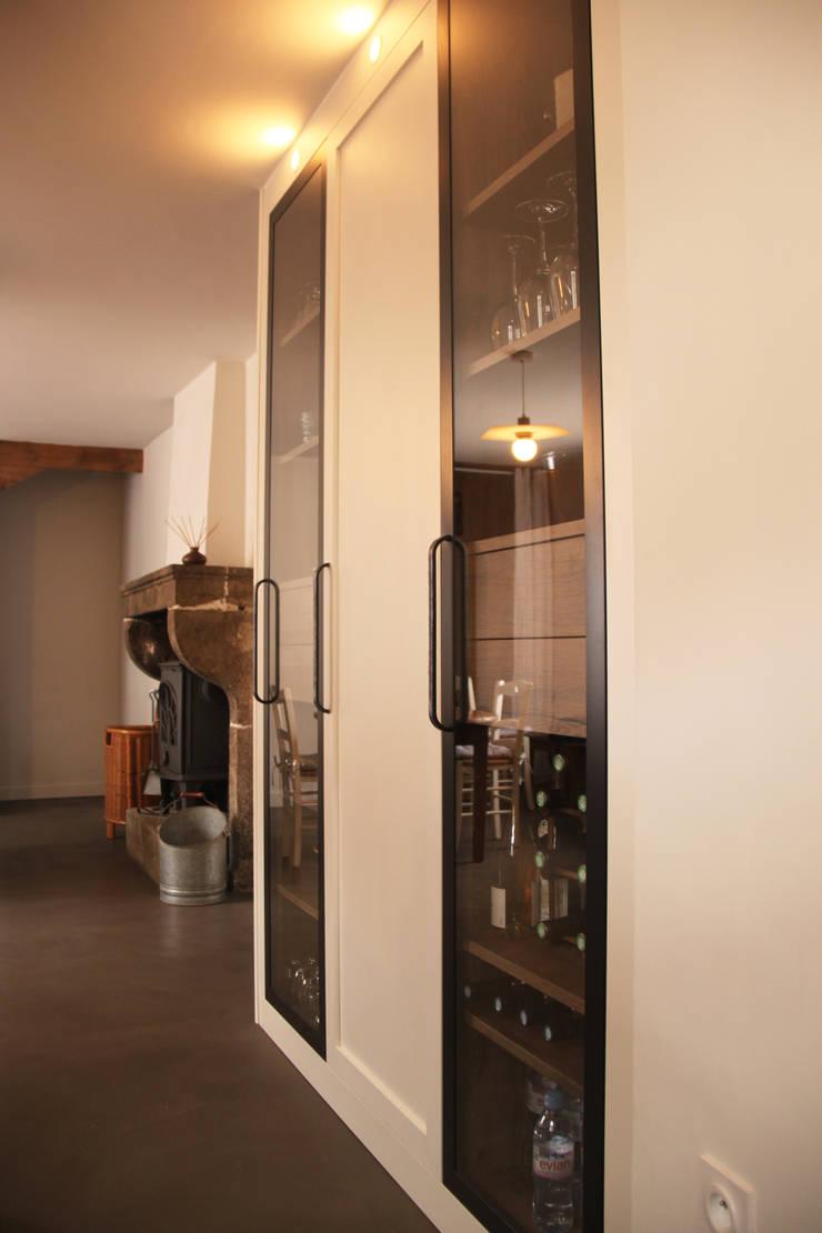 Rustikale Küchen von Koya Architecture Intérieure Rustikal Holz Holznachbildung