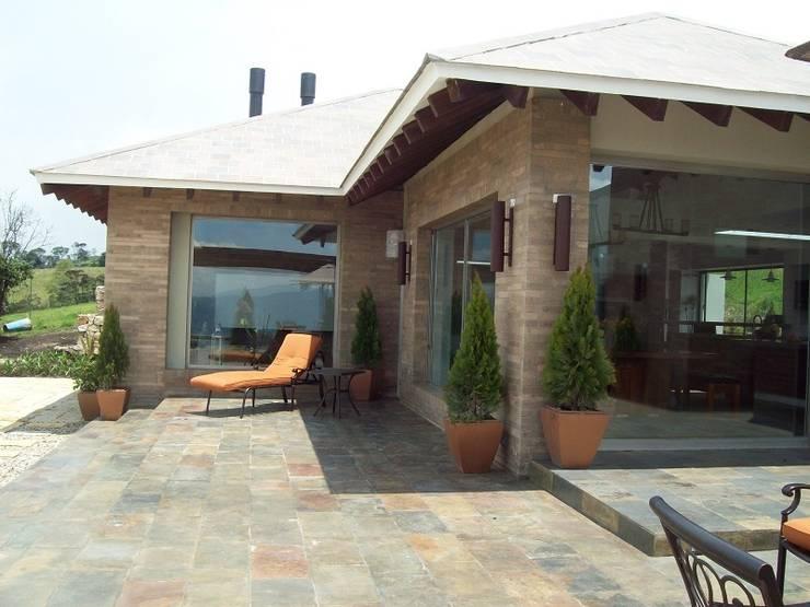 Country house by diseño con estilo ... sas