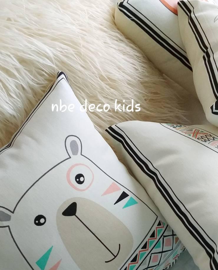 Deco: Habitaciones para niños de estilo  por NBe DECO,