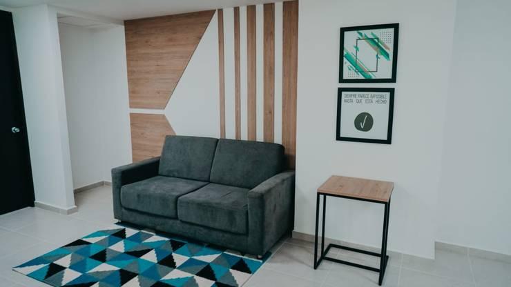 Diseño comercial Conexus:  de estilo industrial por TICKTO STUDIO, Industrial