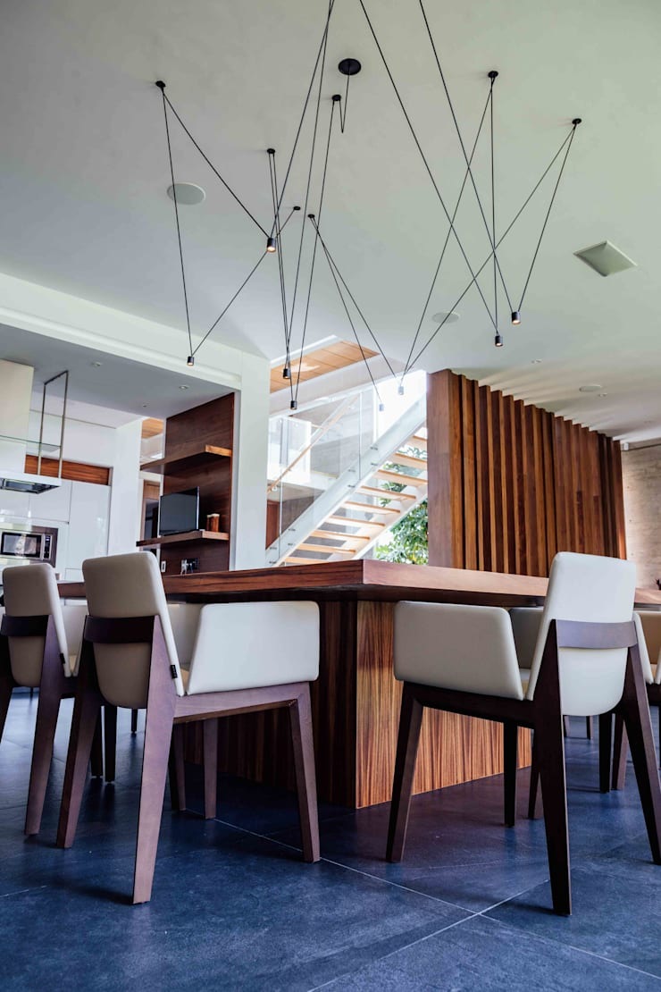 Dining room by TocoMadera