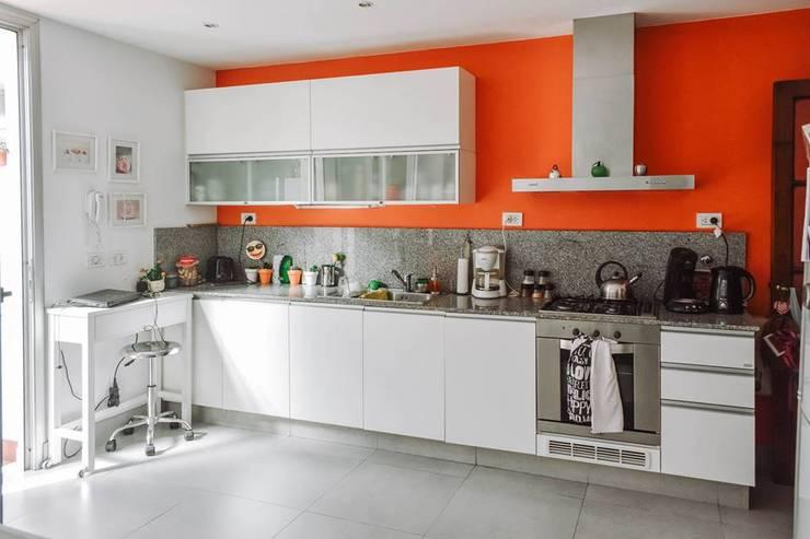 Reforma Casa NI: Cocinas de estilo  por ERA - Estudio Rosarino de Arquitectura,