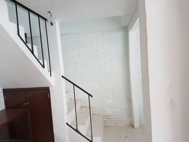Escalier de style  par 8 AM INGENIERIA, Classique
