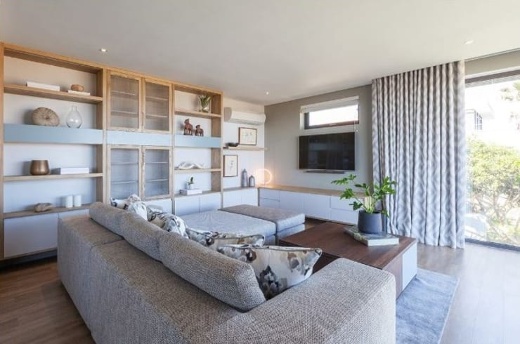 Living room by decormyplace,
