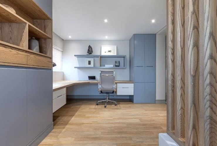 Study/office by decormyplace,