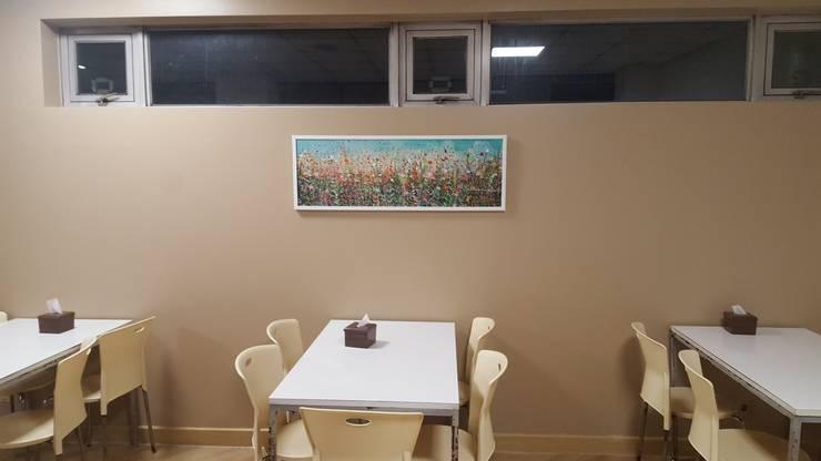 식음공간-마리나산부인과 이천: DB DESIGN Co., LTD.의  레스토랑,