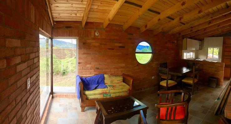 Proyecto casa de descanso Simijaca - Cundinamarca: Salas de estilo  por Lopez Robayo Arquitectos, Rural