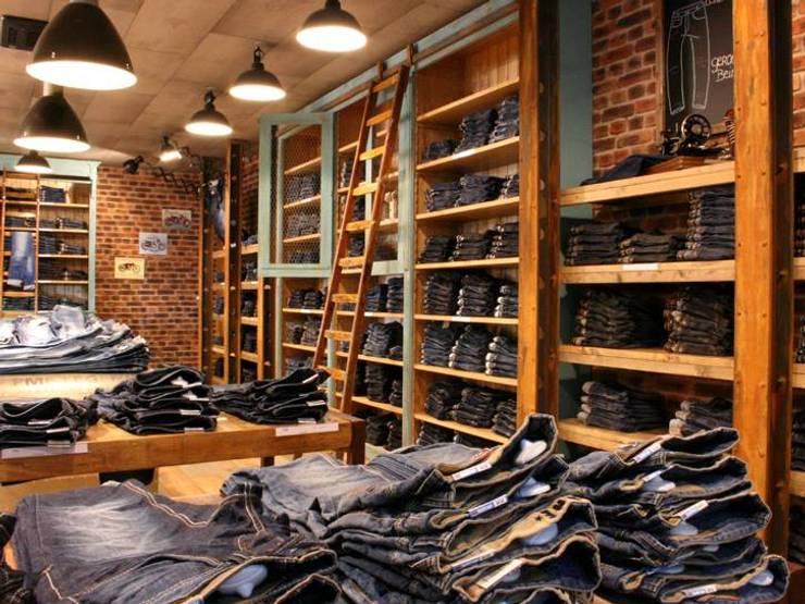 Projekt Hollad | Denim Factory :  Geschäftsräume & Stores von Laurens Westhoff