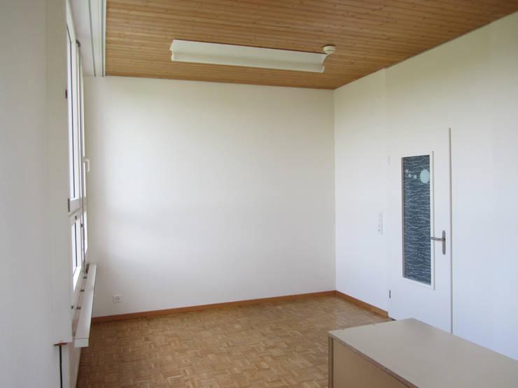 Büro Schulleitung:  Bürogebäude von mmarch gmbh - Mader Marti Architektur ETH SIA,Modern Holz Holznachbildung