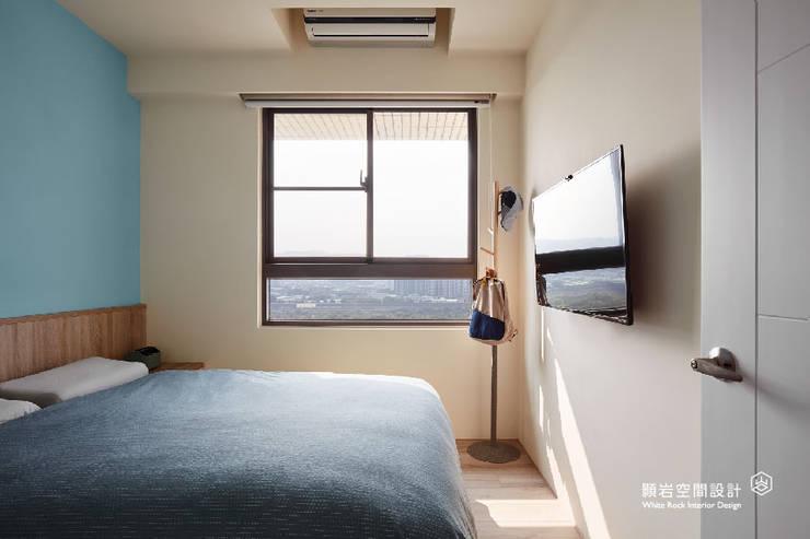 主臥室:  臥室 by 顥岩空間設計