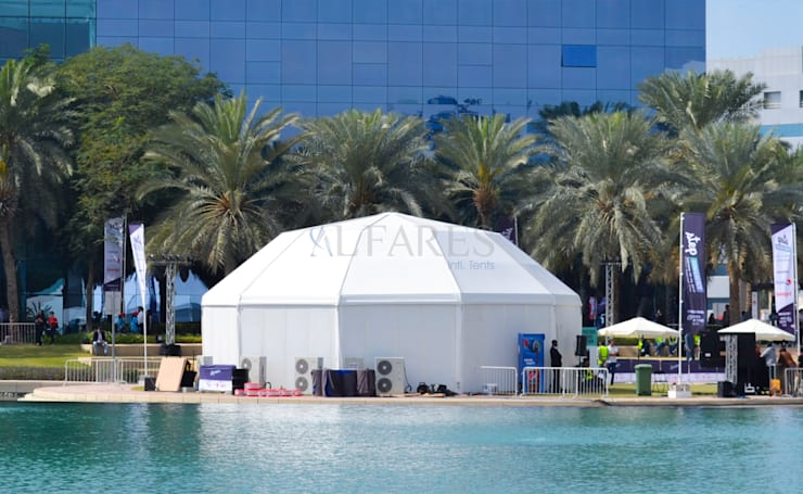 Diamond Tents by Al Fares Intl. Tents:  Garage/shed by Al Fares International Tents