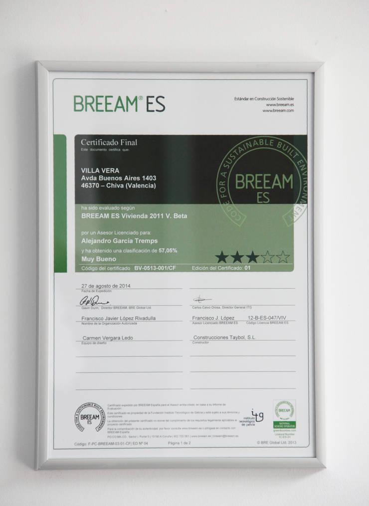 Certificado de Sostenibilidad BREEAM de Villa Vera:  de estilo  de Estudio1403, COOP.V. Arquitectos en Valencia