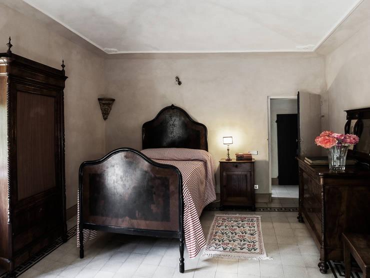 Projekty,  Sypialnia zaprojektowane przez elena romani PHOTOGRAPHY