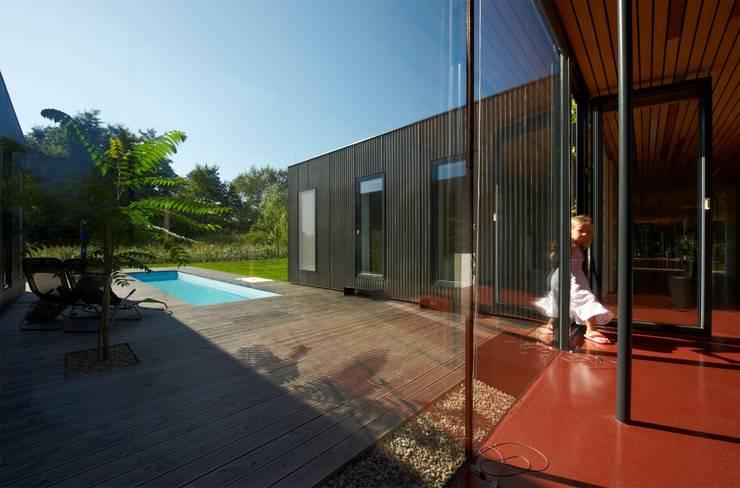 Дома на одну семью в . Автор – Franz&Sue, Модерн Металл