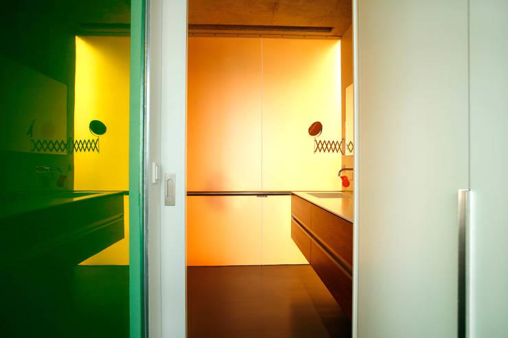 Salle de bains de style  par Innenarchitektur Olms, Moderne