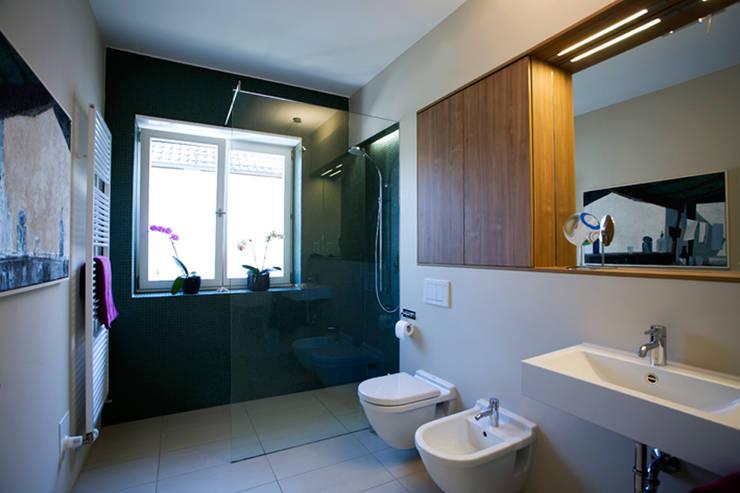 Bathroom by Innenarchitektur Olms, Modern
