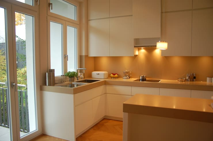 Kitchen by Innenarchitektur Olms, Modern