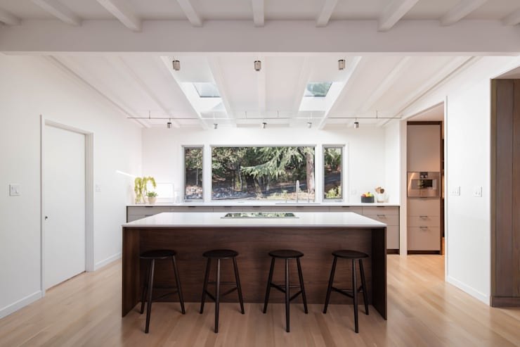 Lafayette Modern Remodel by Klopf Architecture:  Kitchen by Klopf Architecture, Modern