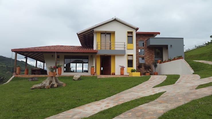 fachada principal: Casas campestres de estilo  por Ba arquitectos, Rural Madera Acabado en madera