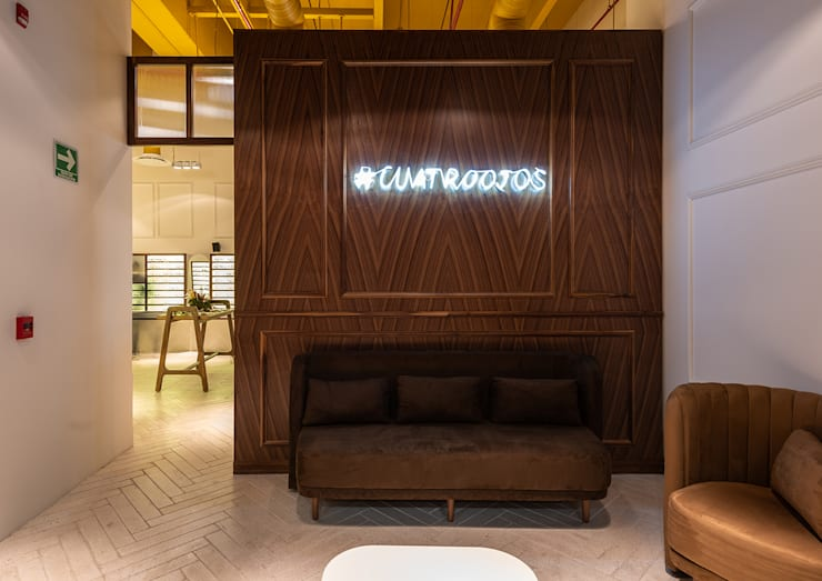 Offices & stores by mob, Modern