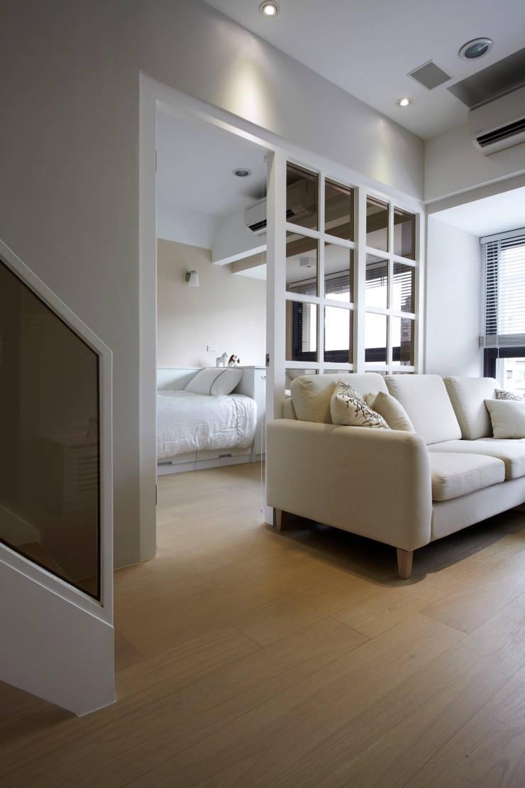 瀰 貢:  地板 by 耀昀創意設計有限公司/Alfonso Ideas
