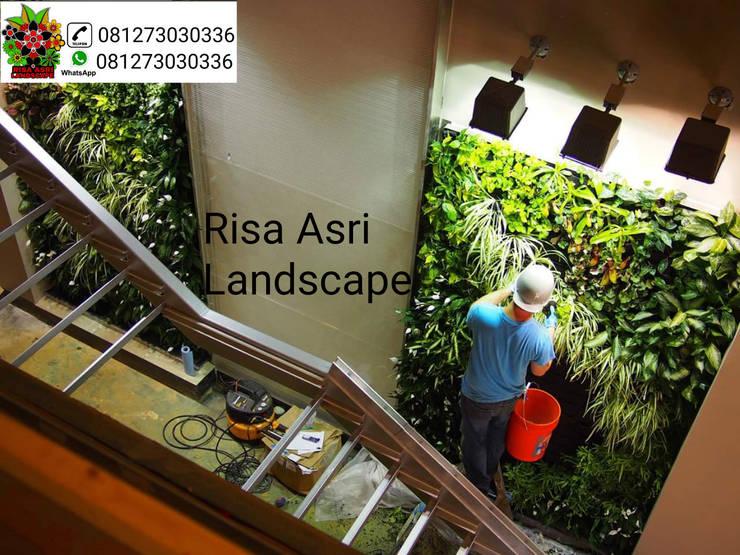 tukang vertikal garden green wall di surabaya:   by cv. riasla