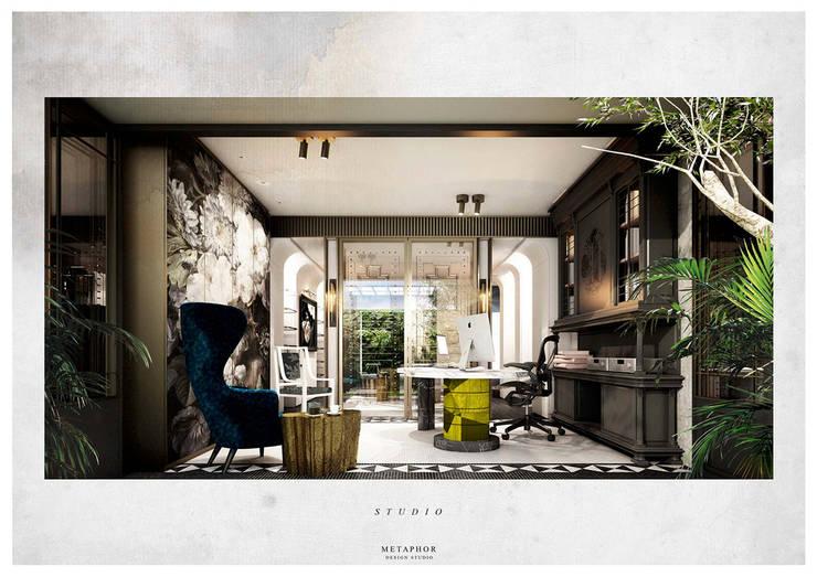 Study/office by Metaphor Design Studio, Classic
