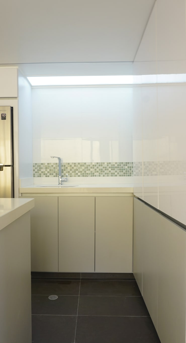 Mueble Cocina: Cocinas integrales de estilo  por TikTAK ARQUITECTOS