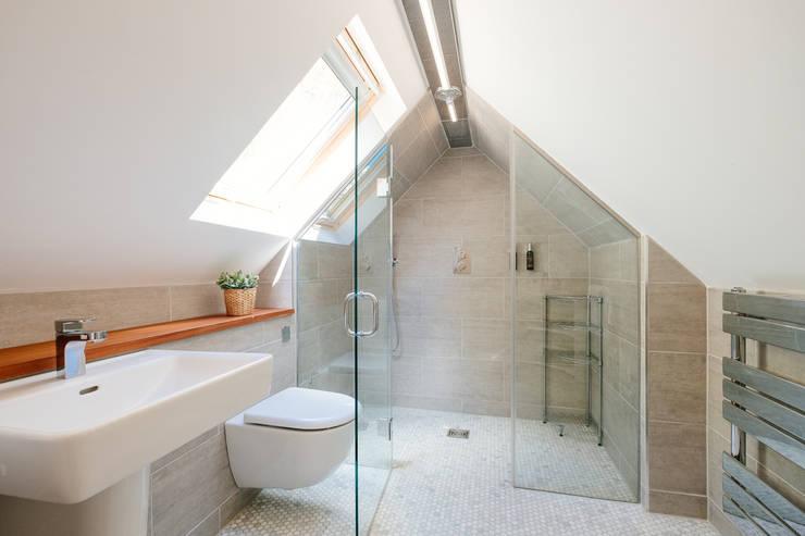 Callywith, Cardinham Ванная комната в стиле кантри от Perfect Stays Кантри