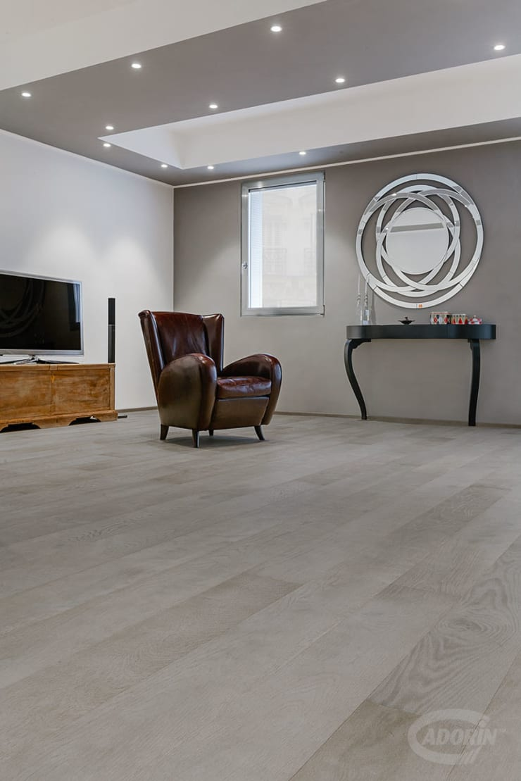 Parquet Quercia sabbiata finitura Tortora di Cadorin Group Srl - Top Quality Wood Flooring Moderno Legno Effetto legno