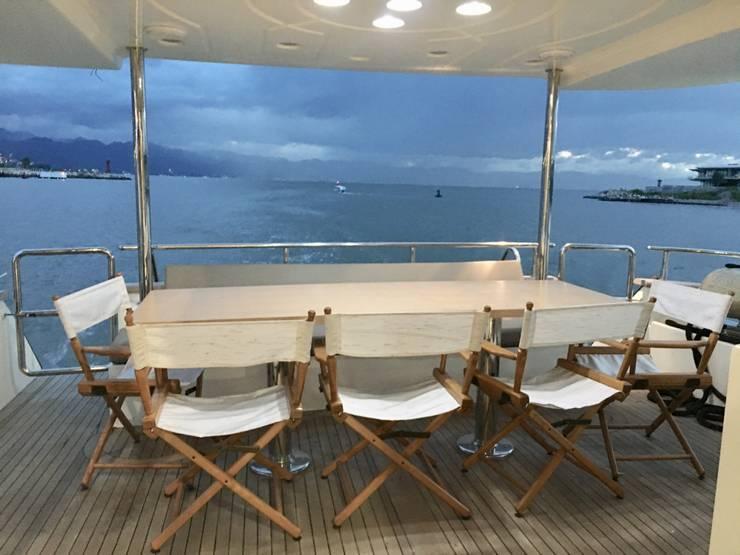 Modern yachts & jets by DECO Designers Modern